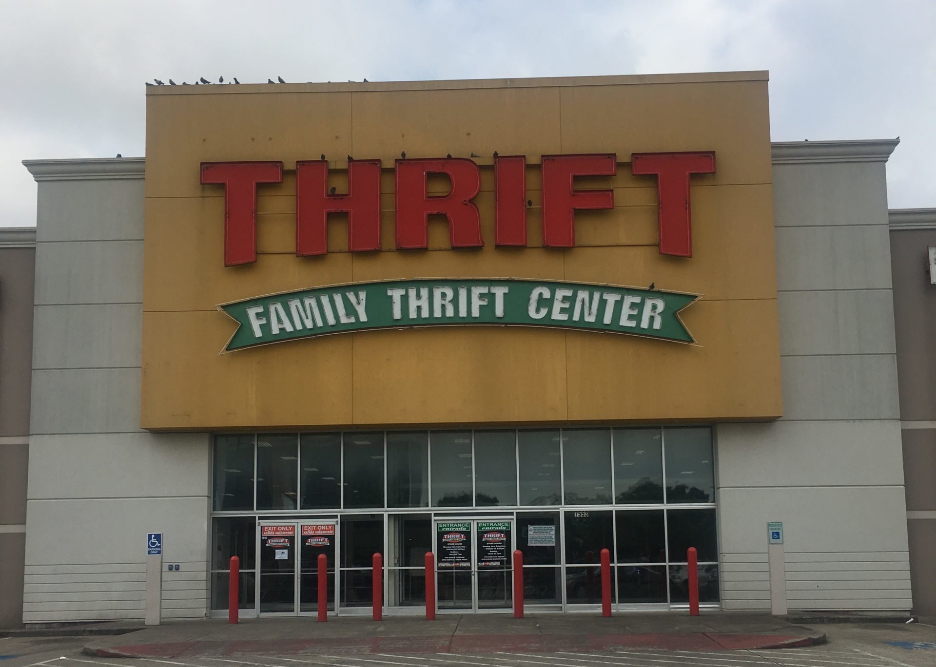 Storefront of Thrift Family Thrift Center